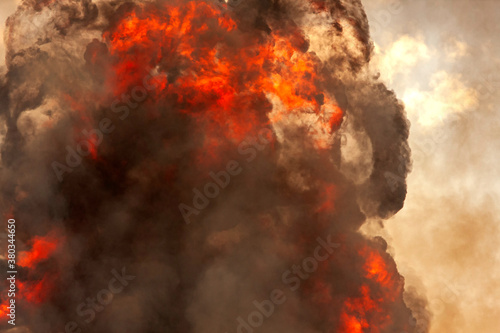 Large column of fire and smoke from munitions explosion Fototapet