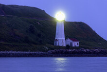 Georges Island Lighthouse On R...