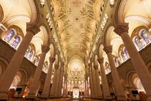 Basilica Of Sainte-Anne-de-Bea...