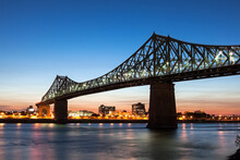 Illuminated Jacques Cartier Br...