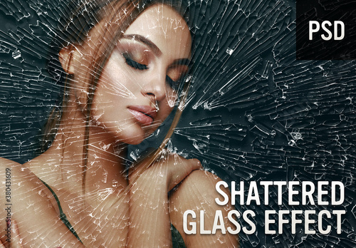 Shattered Glass Photo Effect
