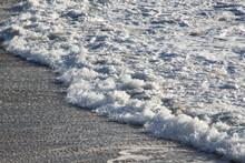 Kleine Wellen Am Strand