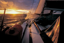 Long Haul Sailboat Sailing Int...
