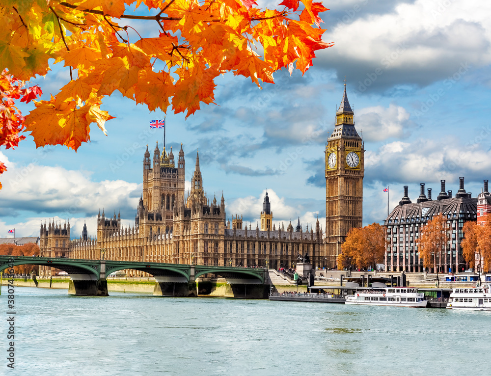 Fototapeta Big Ben tower with Houses of Parliament and Westminster bridge in autumn, London, UK