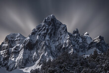 Spectacular Landscape Of Mount...