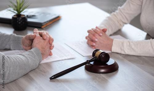 Fototapeta Concept of divorce with judge gavel obraz
