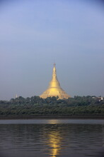 Global Vipassana Pagoda,  Medi...