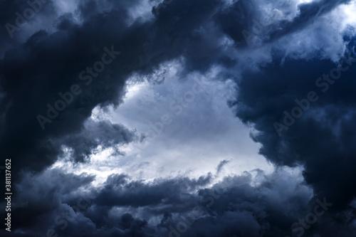 Fototapety, obrazy: Dramatic Clouds Background