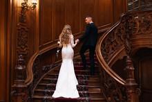 Beautiful Bride In Wedding Dre...