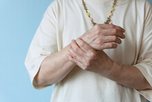 Elderly Pain. Wrist Pain In Th...