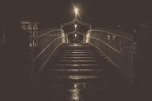 The Ha'Penny Bridge Dublin