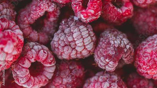 Photo Frozen raspberries fruits, organic and vegan food
