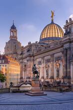 Dresden Germany Mit Frauenkirc...