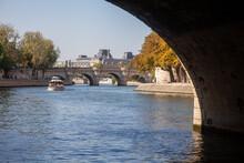 Pont Neuf Et Quais De Seine à...
