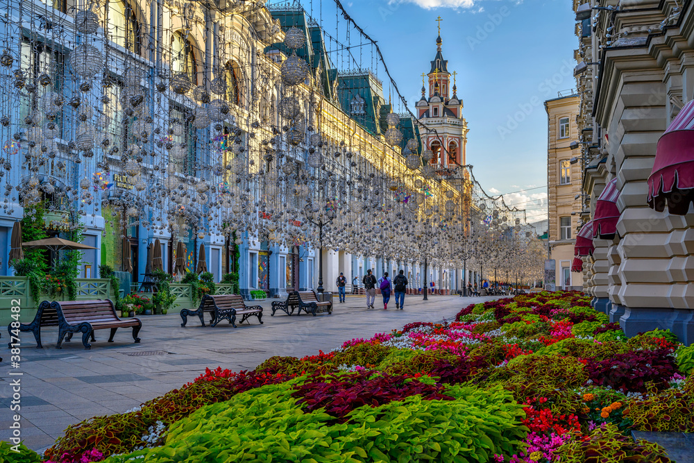 Fototapeta Nikolskaya Street in Moscow, Russia. Architecture and landmarks of Moscow. Cityscape of Moscow