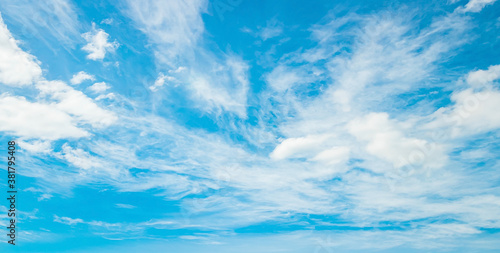 Slika na platnu Abstract white cloud and blue sky in sunny day texture background