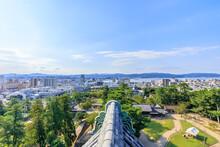 松江城から見た松江市...