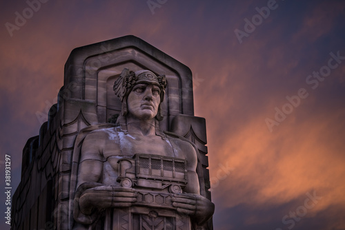 Guardian of Traffic in cleveland ohio with a fiery sunset Fototapeta