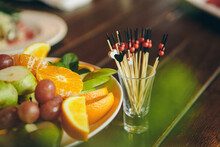 Fruit Slicing And Canapes: Pea...