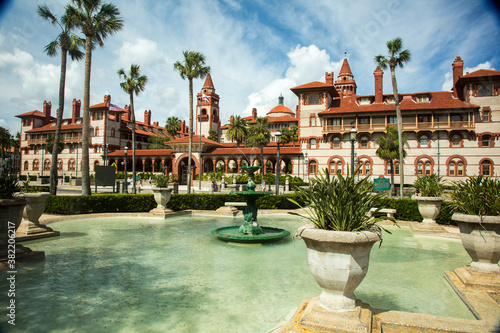 St Augustine, Florida - 2/26/2018:  Flagler College Canvas-taulu
