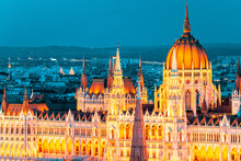 The Neo-gothic Hungarian Parli...
