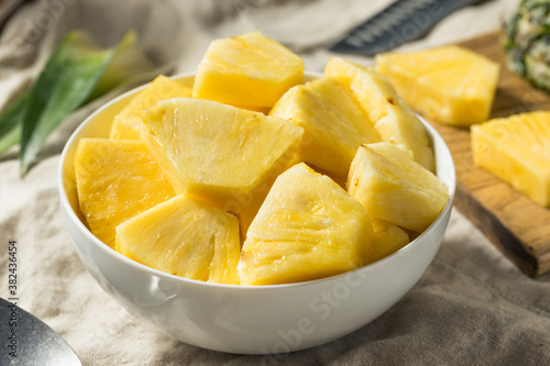 Fotografie, Obraz Healthy Organic Pineapple Slices