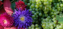 Berries Of Beautiful Ripe Gree...