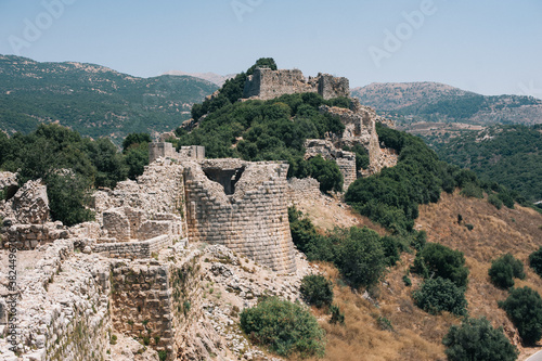 Photo Ruins of historical Nimrod fortress in Israel