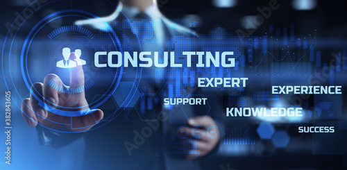 Foto Consulting service business, finance and development concept