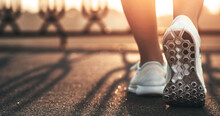 Runner Woman Feet Running On R...