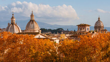 Rome Autumn Skyline. Baroque D...