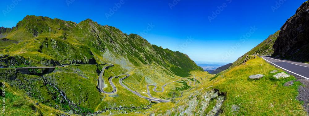 Fototapeta Amazing shot of the Transfagarasan road in Romania
