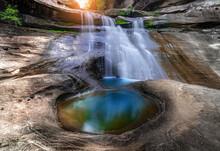 Soi Sawan Waterfall, Pha Taem ...
