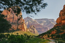 Views Of Zion Park Mountains F...