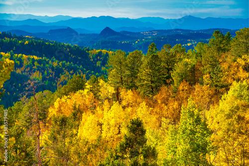 Fotografija Cripple Creek Colorado Fall Foliage with Rocky Mountains