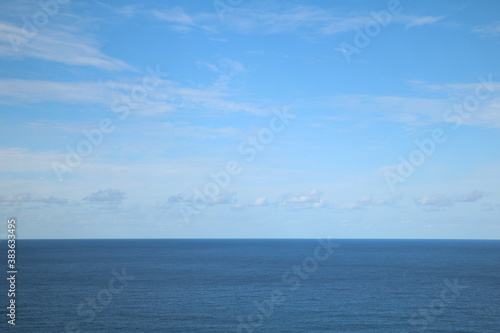 青空と海の水平線 sunny sky and oceans horizon 1 Wallpaper Mural
