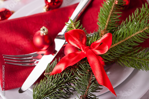 Red themed Christmas place setting