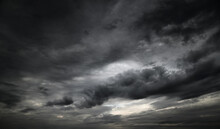 Beautiful Dark Dramatic Sky Wi...