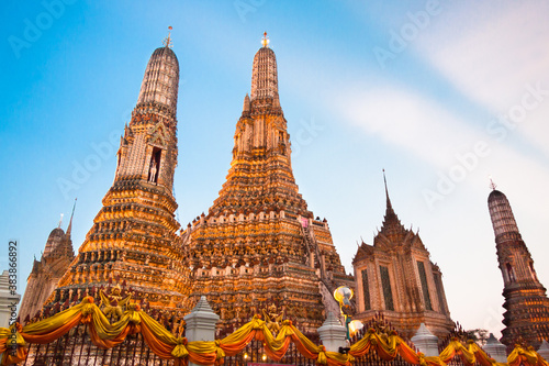 Wat Arun Temple in Bangkok, Thailand. Wallpaper Mural