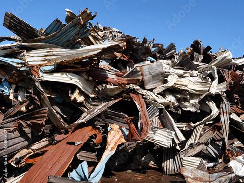 Photo Recycling von Metallteilen zur Schrottverwertung