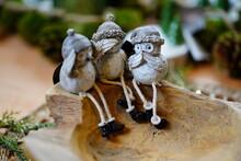 Christmas Decorations Backgrou...