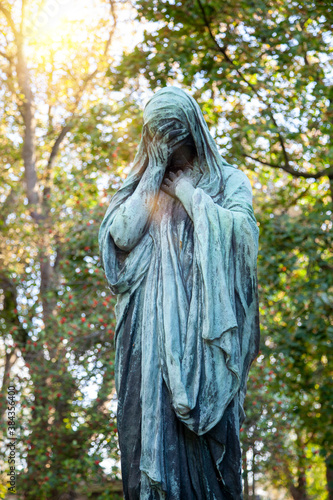 Fotografie, Tablou statue sur une tombe