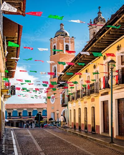 Obraz Viaje al pueblo mágico de Real del Monte, Hidalgo, México. Turismo. - fototapety do salonu