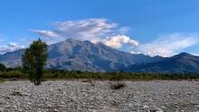 Panoramadel Monte Bisalta, Rip...