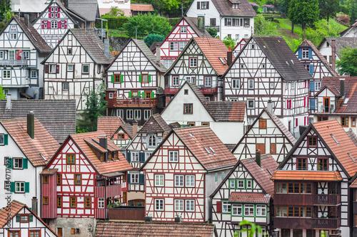 Obraz Fachwerkhäuser in Schiltach im Schwarzwald - fototapety do salonu