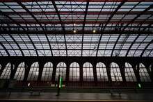 Antwerp Central Train Station ...