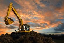 Excavators Are Digging The Soi...