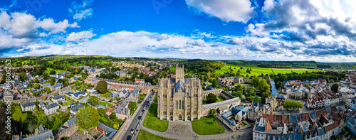 Photo View of Wells Cathedral is in Wells, Somerset, England