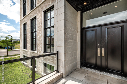 Big modern luxury furnished house in Montreal with swimming pool and backyard