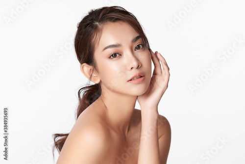 Obraz Beautiful young asian woman with clean fresh skin on white background, Face care, Facial treatment, Cosmetology, beauty and spa, Asian women portrait - fototapety do salonu